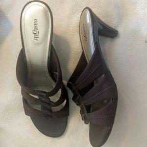 New East 5th Kitten Heel Sandal